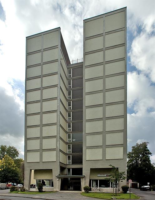 Hochhaus HICOG-Siedlung Bonn